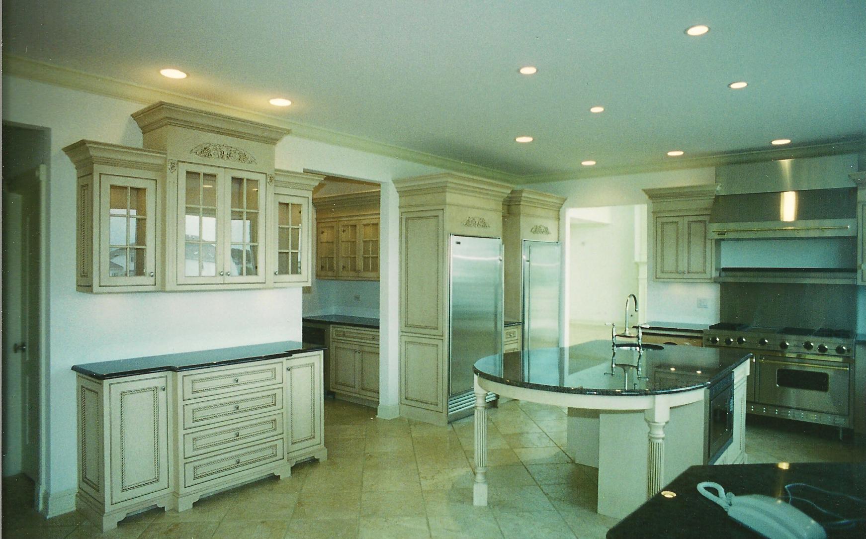 Custom Open Concept Glaze Cabinet Kitchen